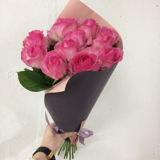Свёрточек из роз: букеты цветов на заказ Flowwow