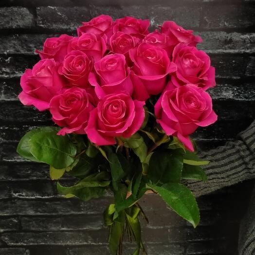 Моно-букет из 15 роз Пинк-Флойд