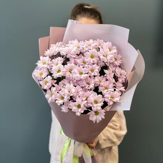 Mono-bouquet with chrysanthemum