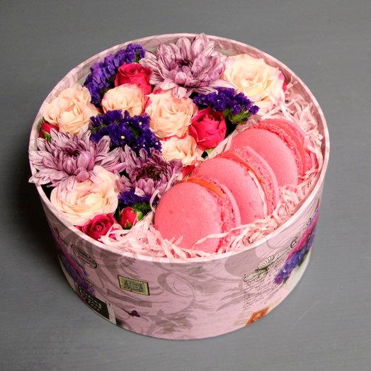 """Коробочка с цветами и сладостями """"Розовые сны"""""""