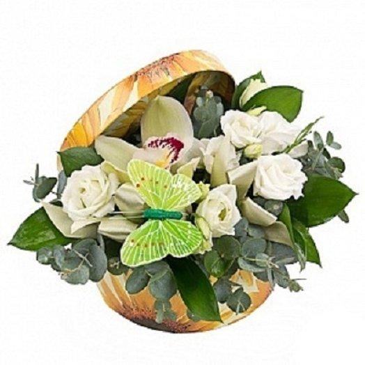 Короб бабочка: букеты цветов на заказ Flowwow