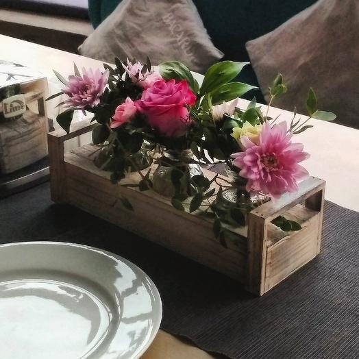 Подставка с цветами: букеты цветов на заказ Flowwow