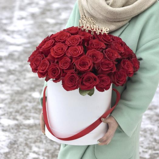 Шляпная коробка 51 красная роза: букеты цветов на заказ Flowwow