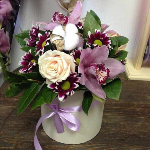 Очарование в коробке: букеты цветов на заказ Flowwow