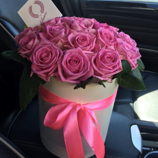 Коробка с аквой: букеты цветов на заказ Flowwow