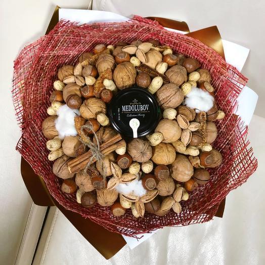 Букет из орехов: букеты цветов на заказ Flowwow