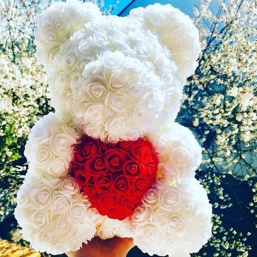 Медвежонок из фоамирановых роз: букеты цветов на заказ Flowwow