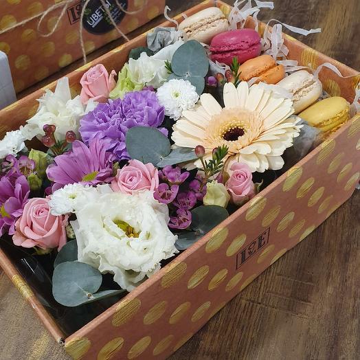 Макарони: букеты цветов на заказ Flowwow