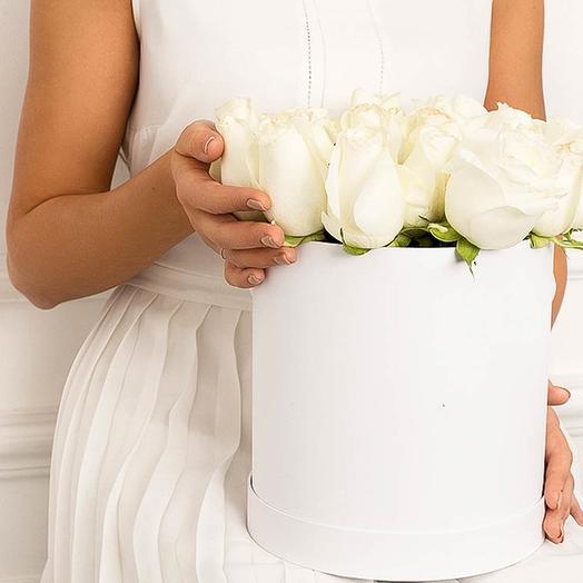 25white: 25 белых роз в коробке