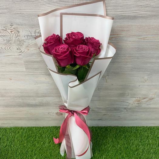 Букет из 5 роз Шангрила