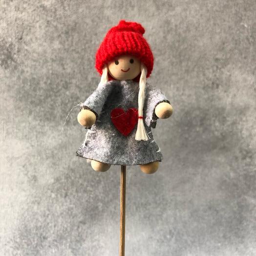 Топпер в букет «девочка в шапке»