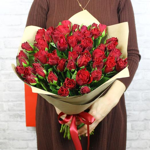 Букет из 51 красной розы Madam Red