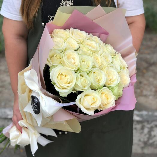 """21 роза """"Аваланж"""" в дизайнерской упаковке"""