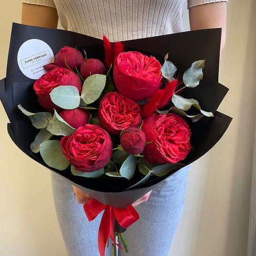 Пионовидная Роза Ред Пиано