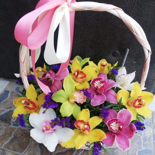 Корзина с цветами «Большая любовь»