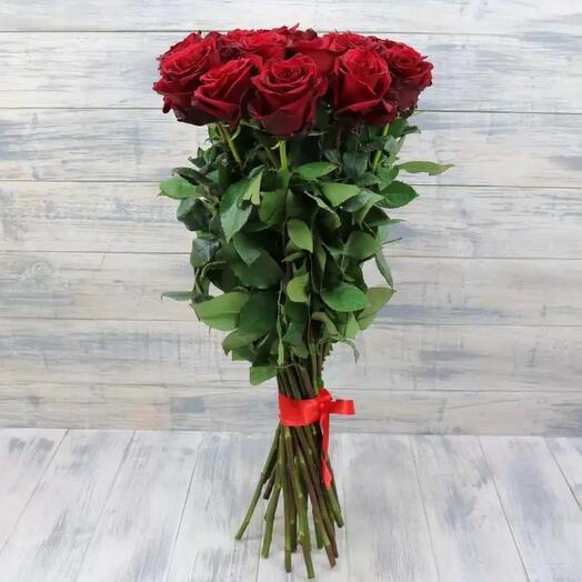 15 красных роз 70см
