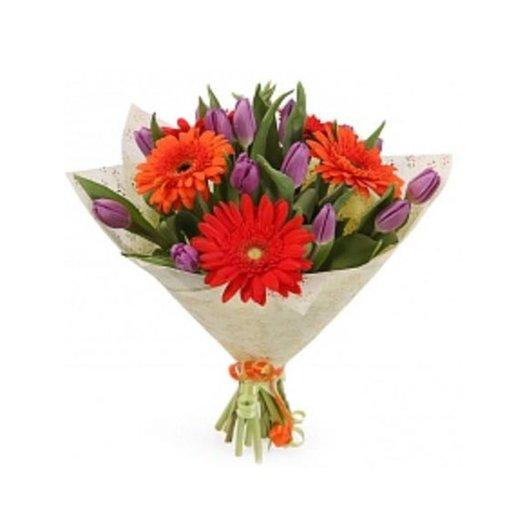 Букет из лилий и оранжевых герберов: букеты цветов на заказ Flowwow