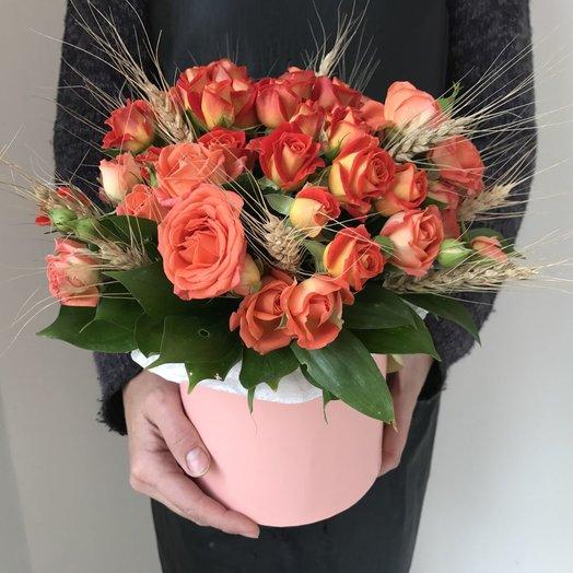 Коробочка с оранжевыми розами