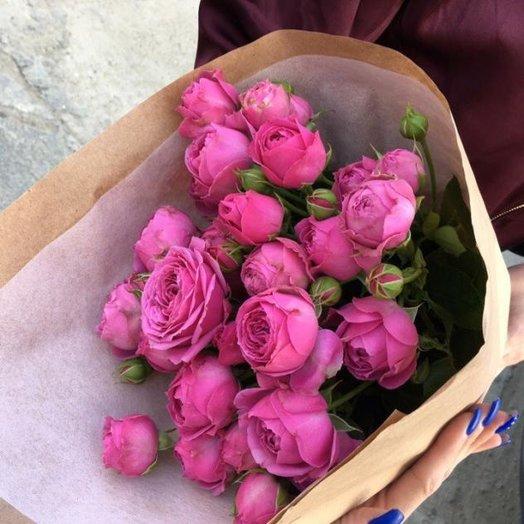 Букет из пионовидной кустовой розы: букеты цветов на заказ Flowwow