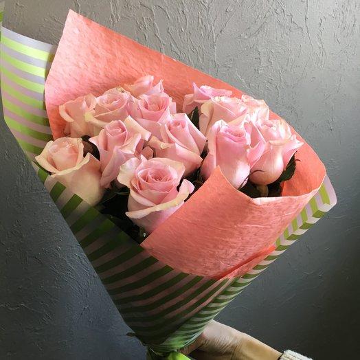 Розы в оформлении: букеты цветов на заказ Flowwow
