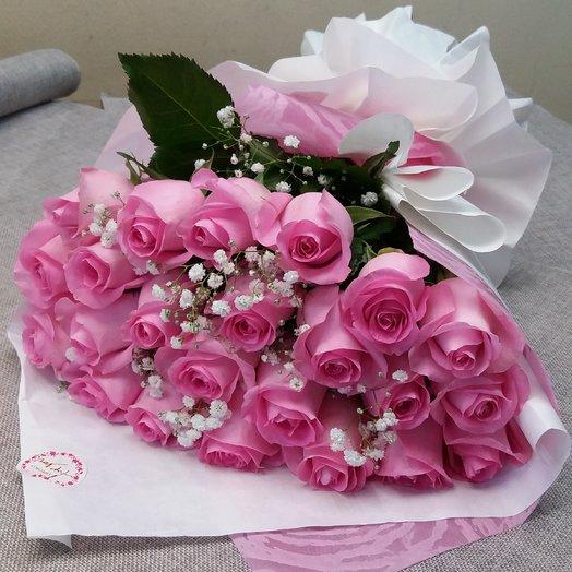 Букет из 21 розовой розы в оригинальной упаковке