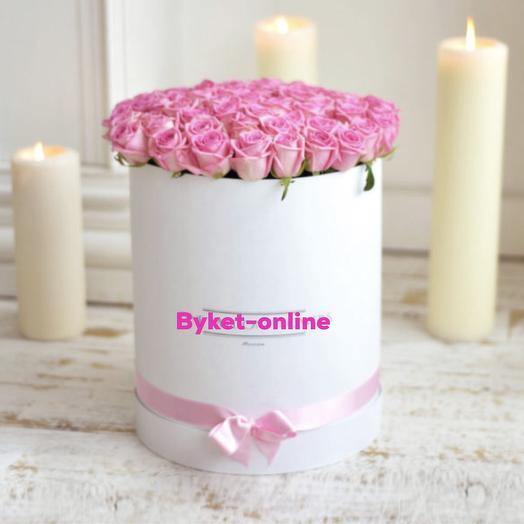 51 розовая роза в коробке: букеты цветов на заказ Flowwow