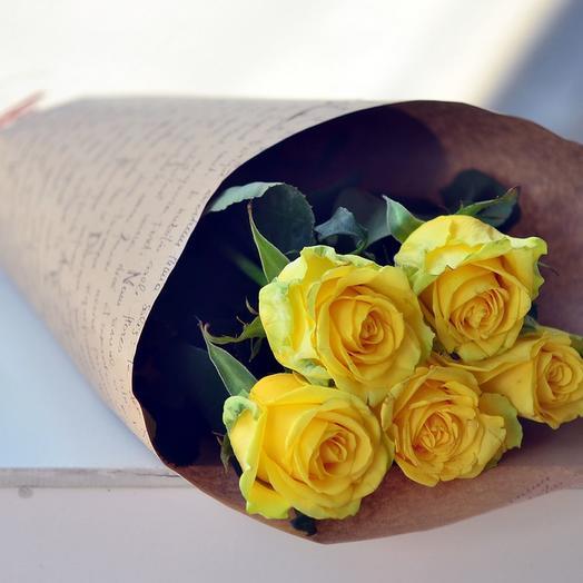 5 роз в крафте: букеты цветов на заказ Flowwow