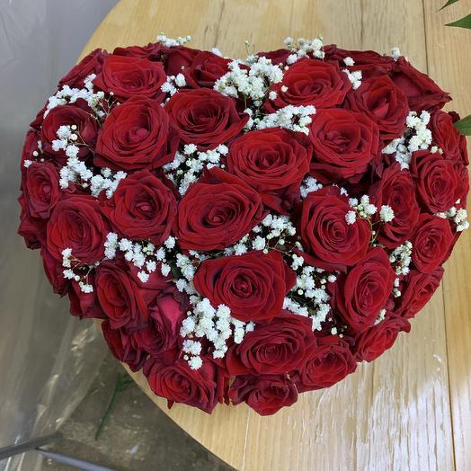 51 Роза в виде сердца: букеты цветов на заказ Flowwow