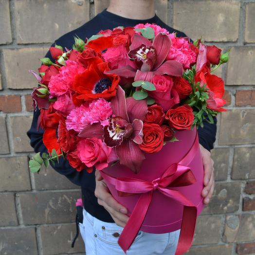 Коробка Фуксии: букеты цветов на заказ Flowwow