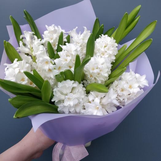 Белые гиацинты: букеты цветов на заказ Flowwow