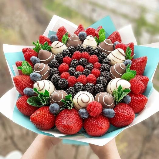 Chocolate-covered Strawberry bouquet