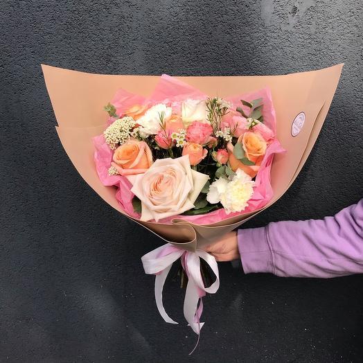 Осенний букет с ароматными розами