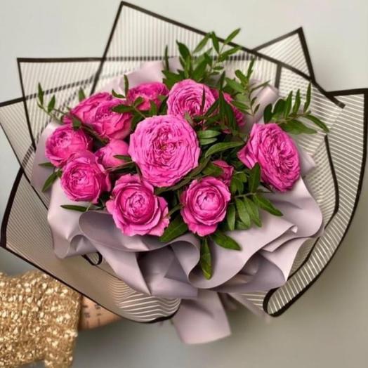Романтический букет из пионовидной Розы