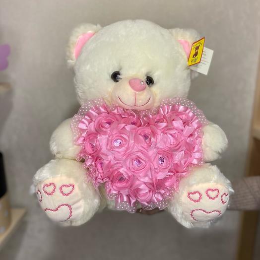 Мишка с розовым сердцем