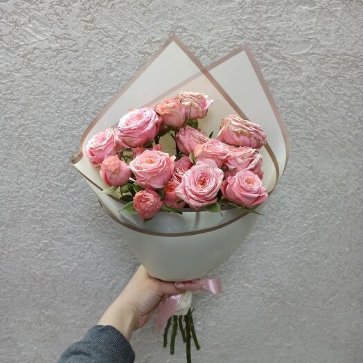Букет из красивых роз
