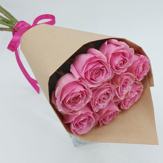 Розовые розы в упаковке 9 шт