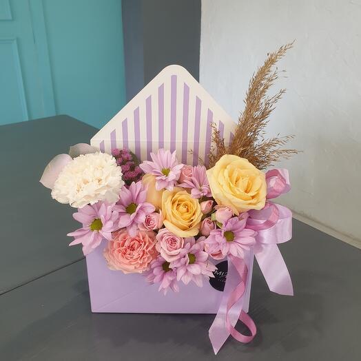 """Цветы в коробке """"микс в конверте"""""""