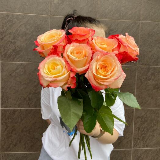 7 роз 🧡