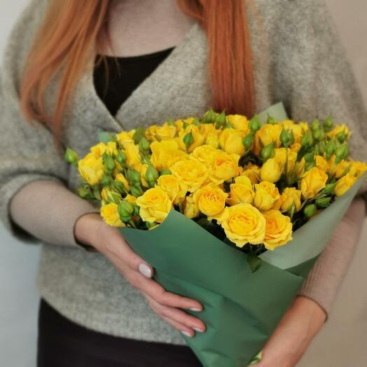 Букет Лимончелло 19 из желтых кустовых роз