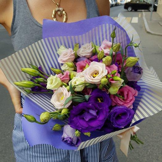 Разноцветный лизиантус: букеты цветов на заказ Flowwow