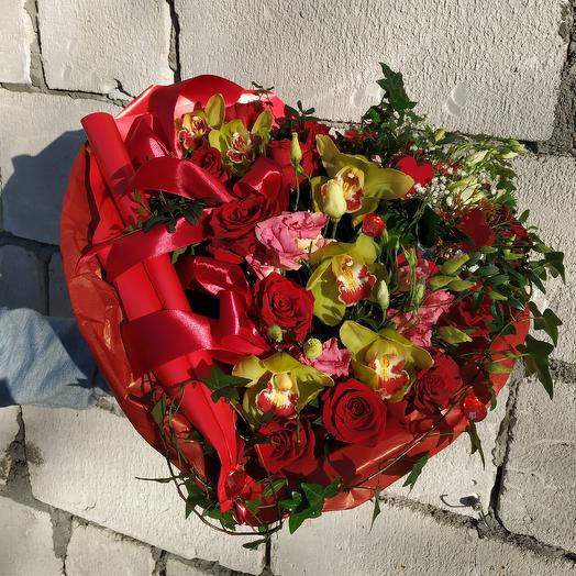 Heart 💓 of roses and Orchid: flowers to order Flowwow