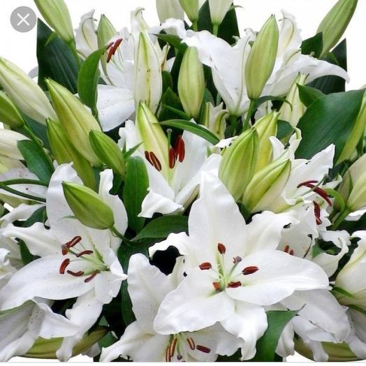 Букет из лилий: букеты цветов на заказ Flowwow