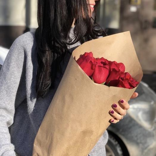 Розы красные Эквадор: букеты цветов на заказ Flowwow