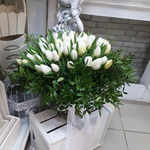 "Букет из тюльпанов  ""Корона"": букеты цветов на заказ Flowwow"
