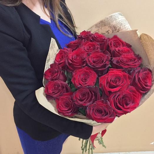 19 страстных роз для любимой: букеты цветов на заказ Flowwow