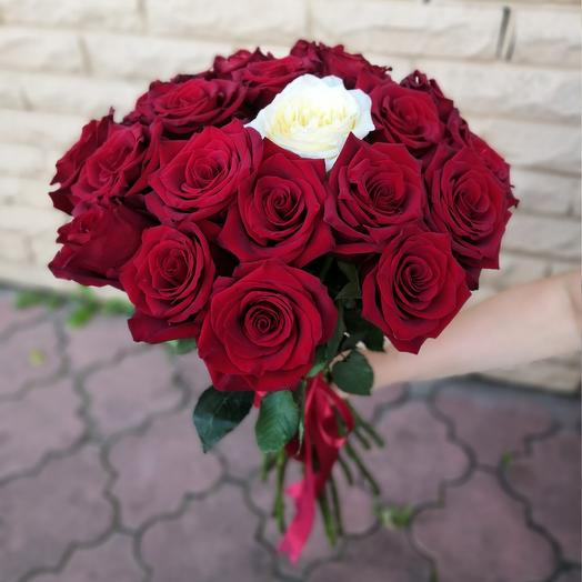 21 роза: букеты цветов на заказ Flowwow