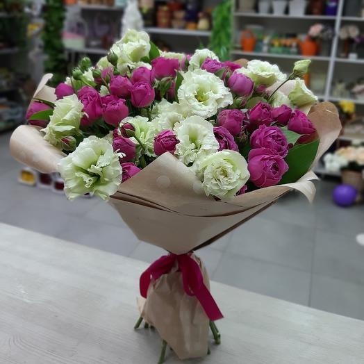 Буз из пионовидных роз и эустом: букеты цветов на заказ Flowwow