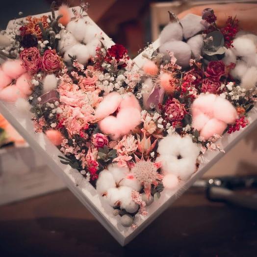 Сердце из сухоцветов: букеты цветов на заказ Flowwow