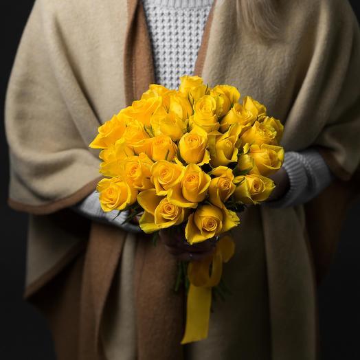 19 Желтых роз 40см