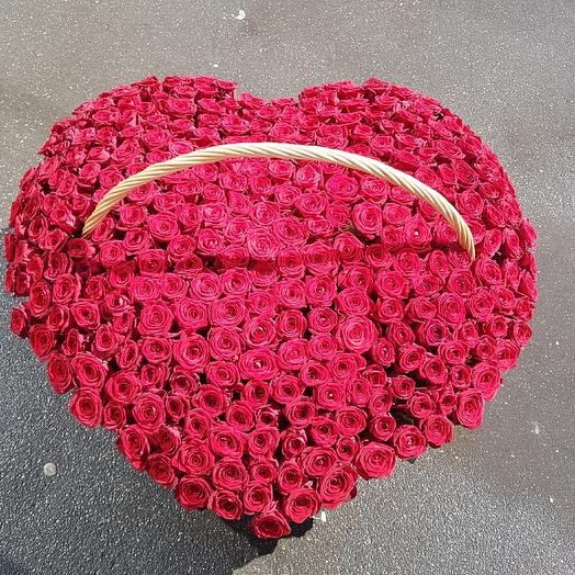 Корзина из 333 розы сердце 💓